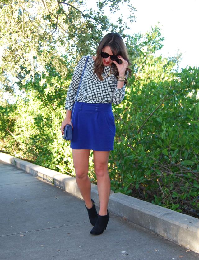 2blue-skirt-black-boots